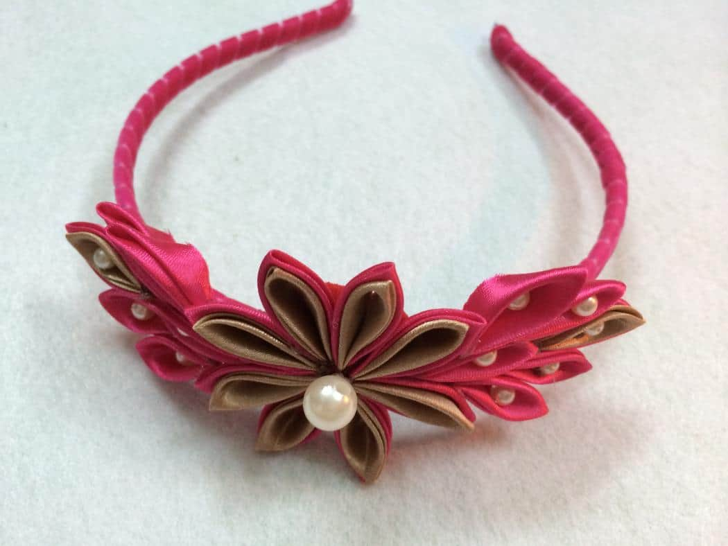 ribbon kanzashi flower