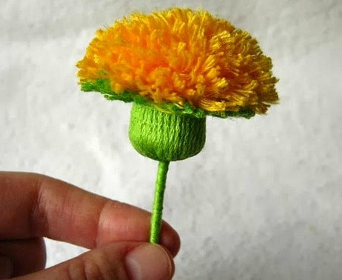 buttercup flower pom poms