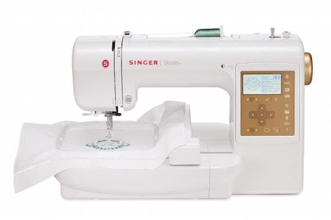 SINGER S10 Studio Sewing Machine