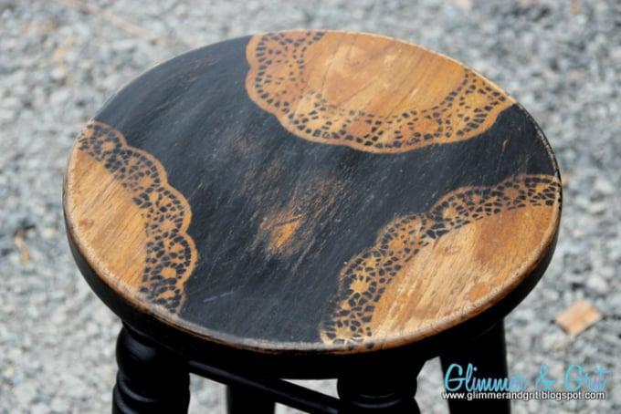 doily stool