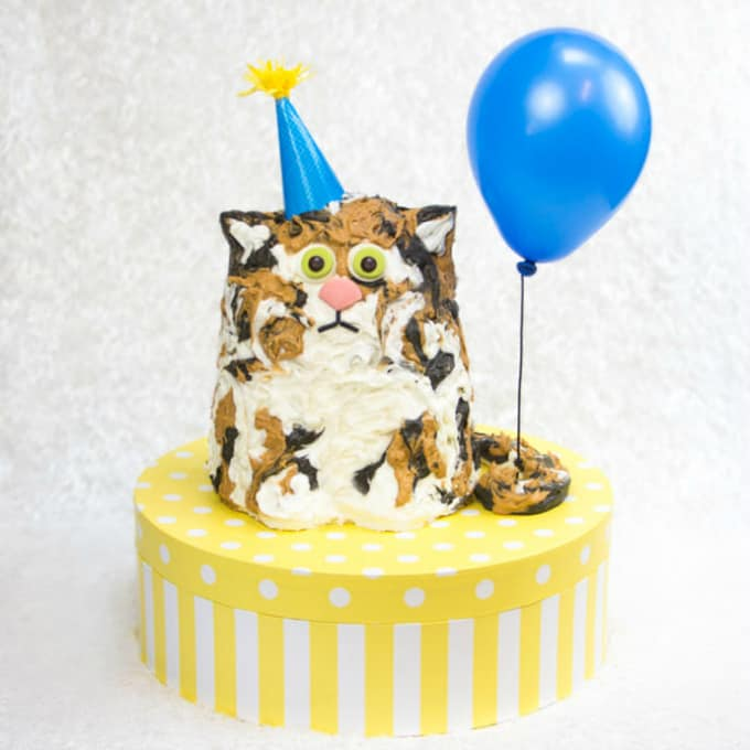 cat lady cake