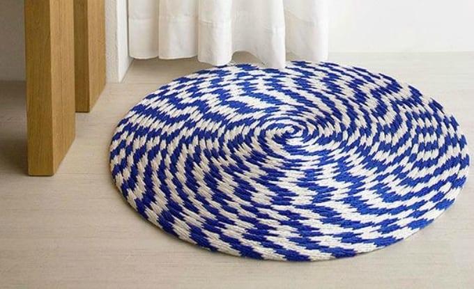 nautical-inspired peppermint swirl rug