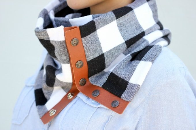 leather flannel snap scarf