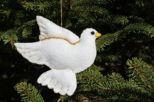 DIY felt dove ornament