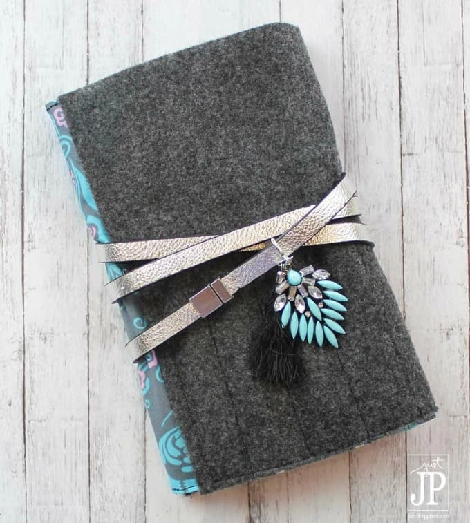 notebook cover clutch