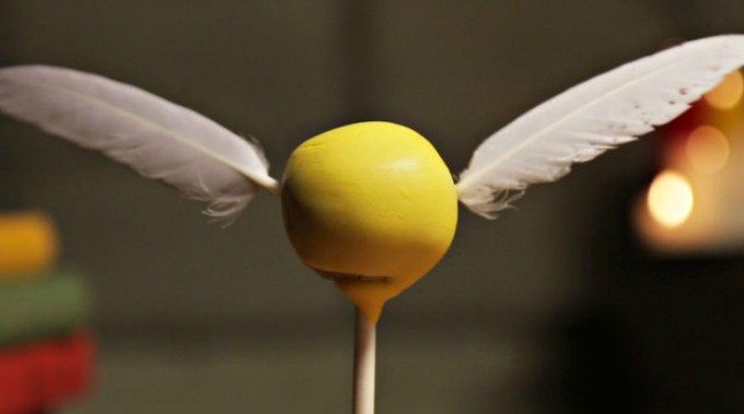 golden snitch cake pops