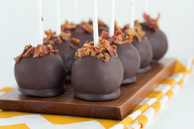 Maple bacon cake pops