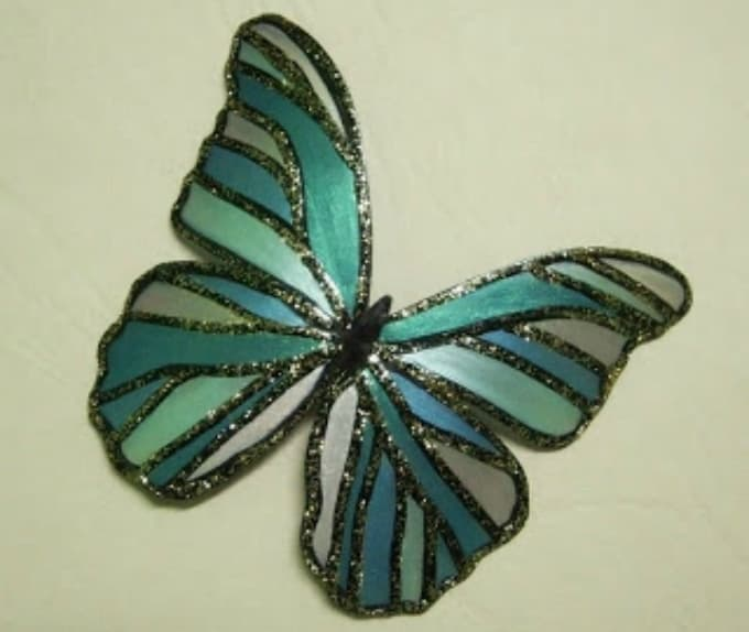 nail oil polished butterfly