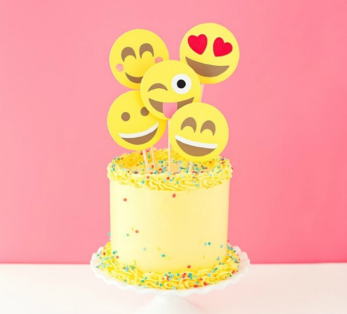 emoticon cake toppers