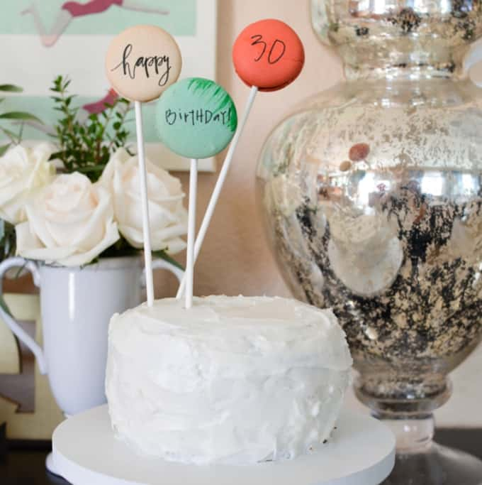 macaroon cake toppers