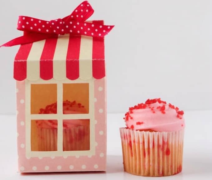 Paper Cake Box Tutorial