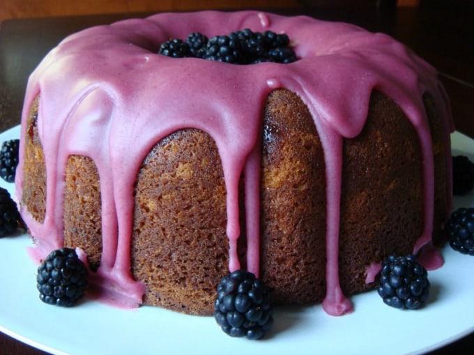 blueberry jam drip cake