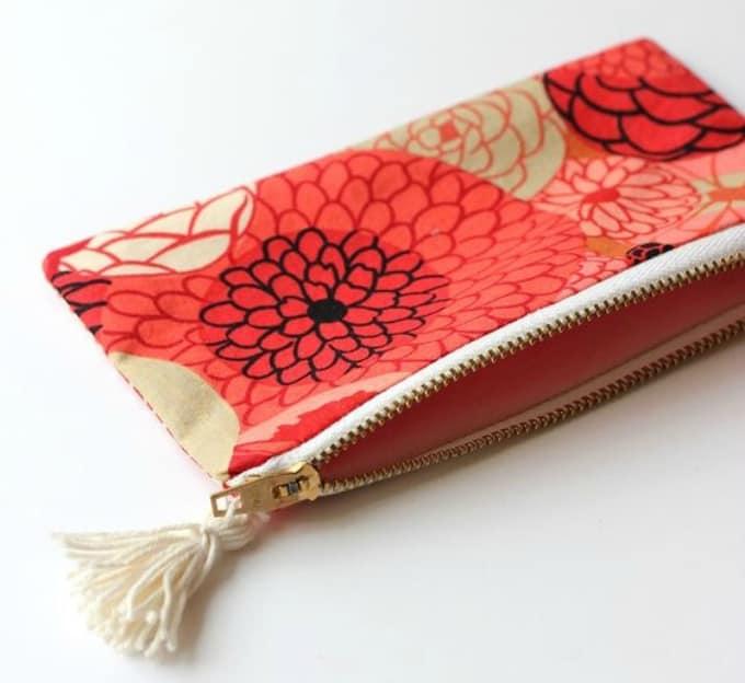 mini makeup pouch