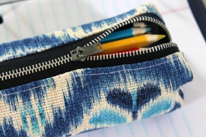 pencil zip purse
