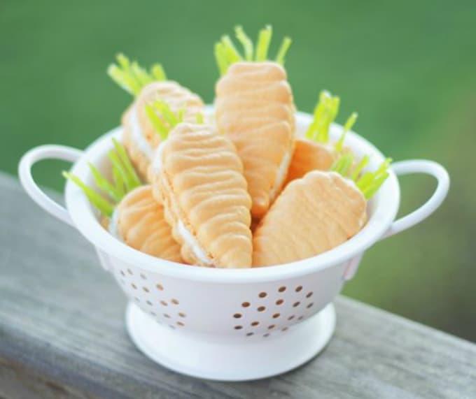 carrot-shaped macarons