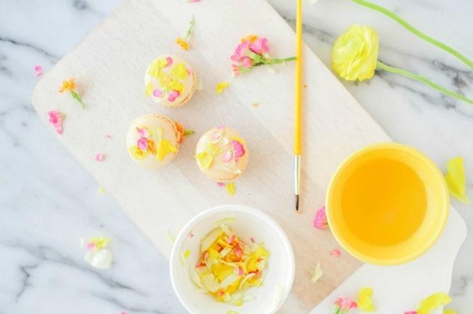 edible flower macarons