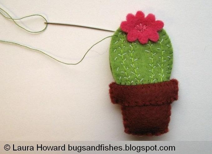 felt cactus brooch