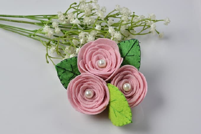 pink felt rose flower brooch