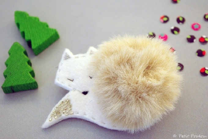 fluffy fox brooch