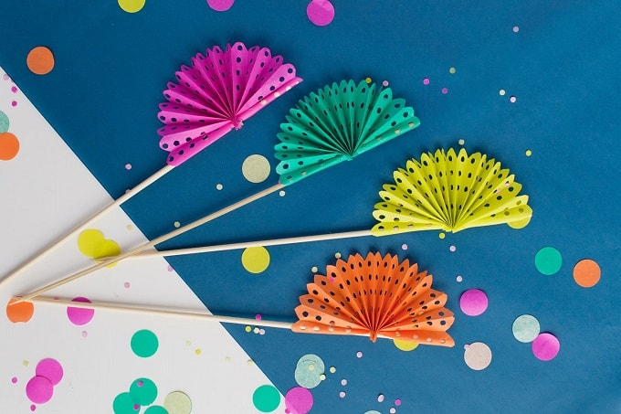 paper fan drink stirrers