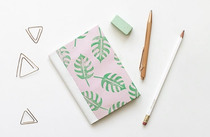 Tropical Leaf Print Notebook - We compiled an eye-catching list of 30 DIY tropical leaf craft ideas for you try. | Coolcrafts.com