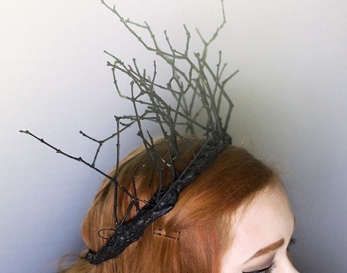 DIY Queen of the Woods Fairy Crown - Check out our list of 39 other DIY crown and tiaras that you can create for your next party | Coolcrafts.com