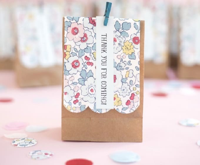 Liberty of London Favor Bags - Check out 34 other eye-catching goodie bag ideas that you can make for your next party.   Coolcrafts.com