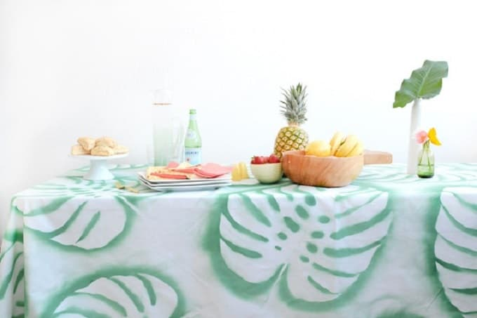 Leaf Print Tablecloth - We compiled an eye-catching list of 30 DIY tropical leaf craft ideas for you try. | Coolcrafts.com