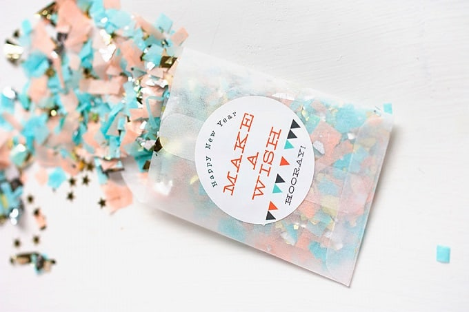 new years confetti favors