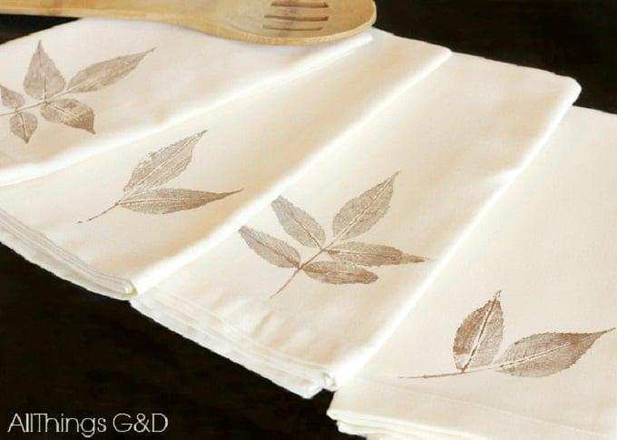 leaf print napkins
