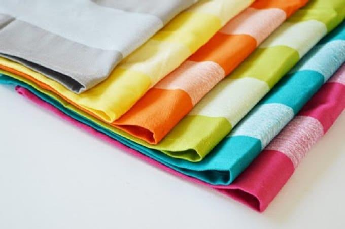 DIY stripe napkins
