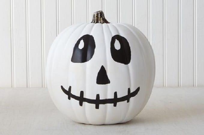 skeleton face pumpkin