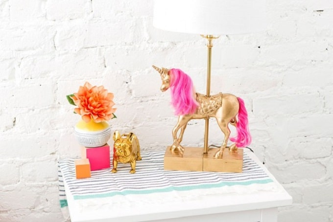 40 majestic diy unicorn craft ideas cool crafts this diy 3d paper craft unicorn head not only looks easy to assemble its also super on trend the talented girls at bespoke bride will show you how to solutioingenieria Choice Image