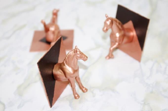 horse head hooks