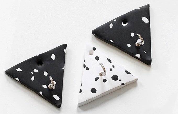 DIY triangular wall hooks