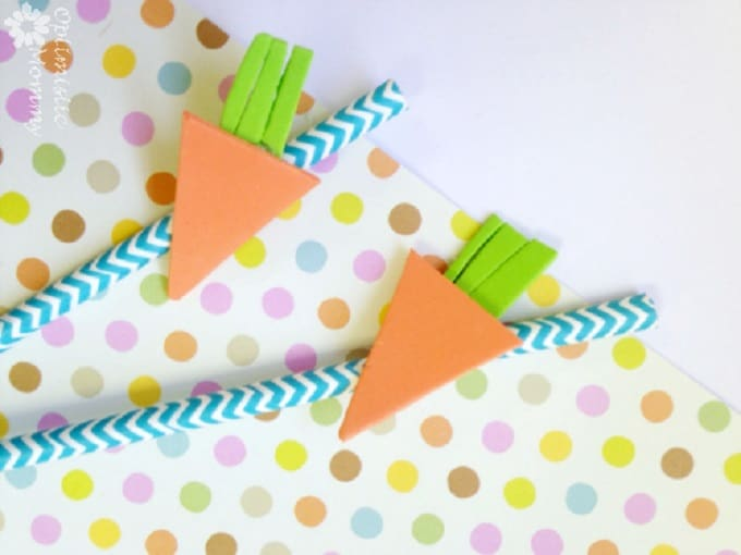 carrot straw toppers