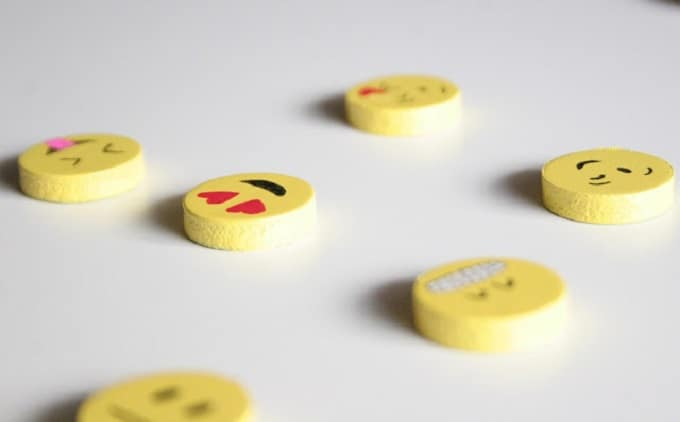 emoticon magnets