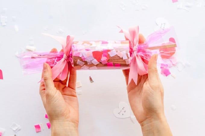 valentines confetti crackers