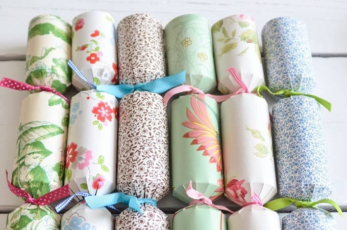 diy wallpaper crackers