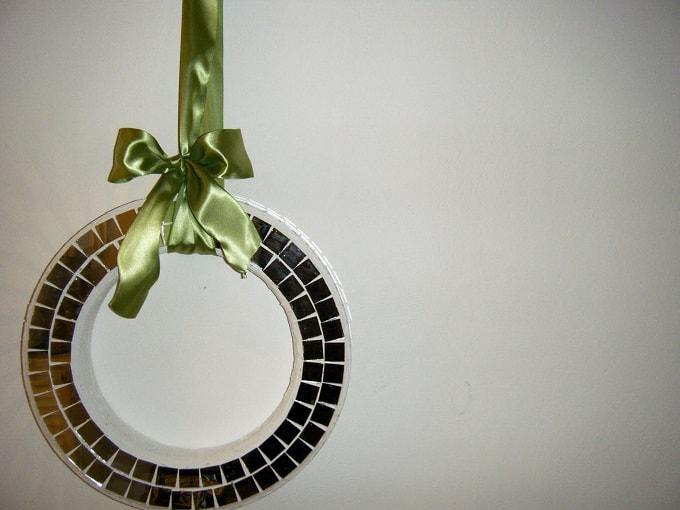 glamorous holiday wreath