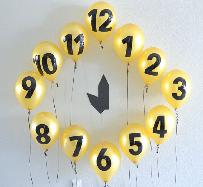 New Year's Eve balloon clock countdown