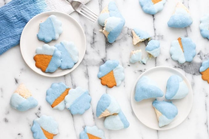 gender reveal biscuits