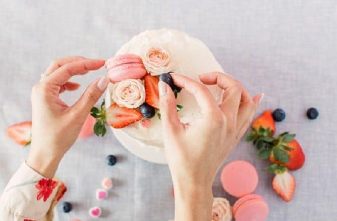 Valentine's Day naked cake