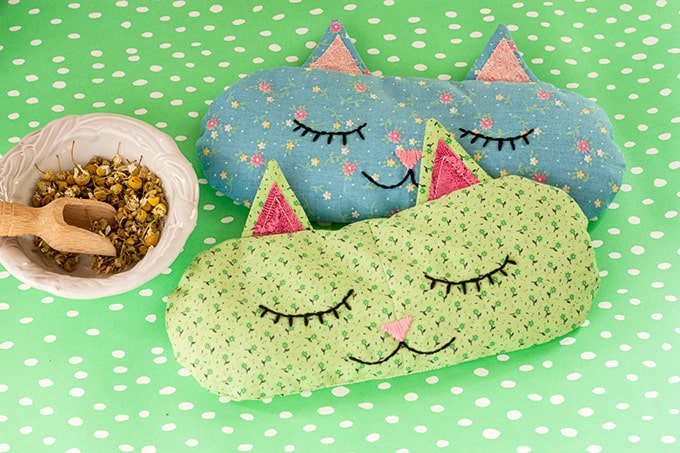DIY kitty sleep masks