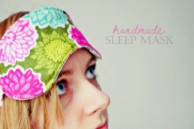 easy DIY sleep mask