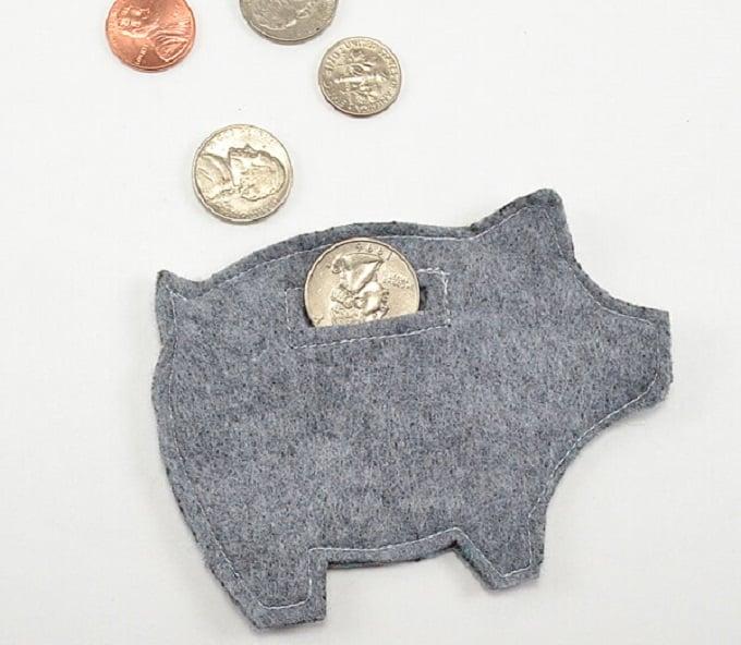 felt piggy bank