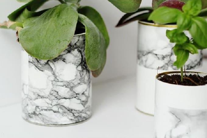 DIY marbled flower vases