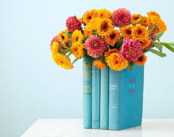 book flower vase