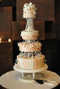 frosting scrolls wedding cake