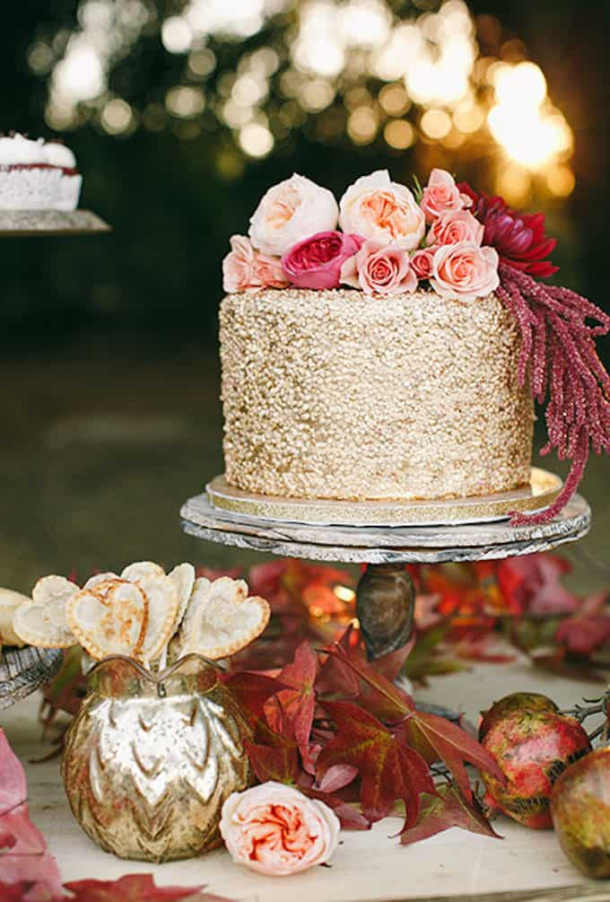 metallic gold wedding cake